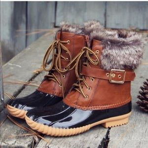 Must Have Tan Duck Boots